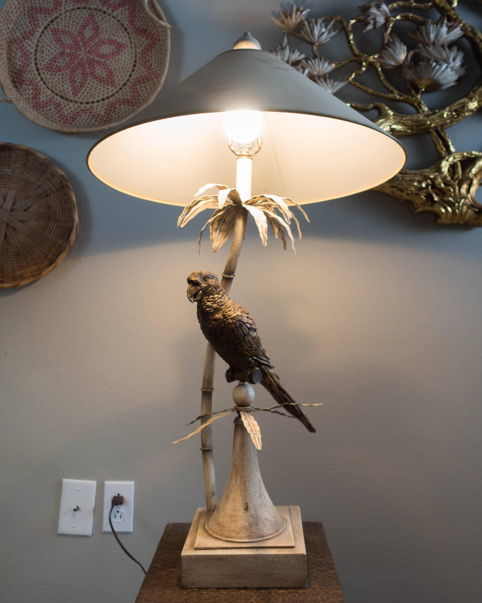 Vintage Parrot Table Lamp   Image 3 Of 6