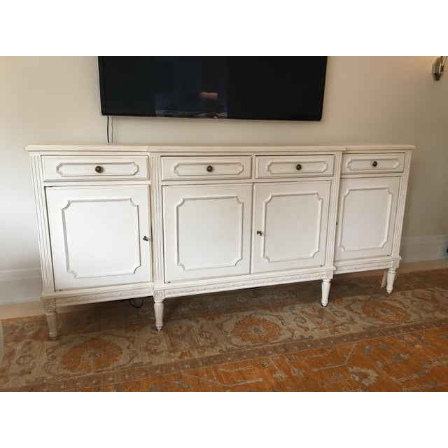 Originally from Lois J. Sololman this Louis XVI buffet or credenza makes quite a statement without coming off as too much....