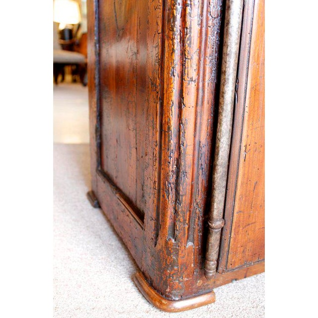 Louis XV Walnut Small Cabinet For Sale - Image 4 of 10