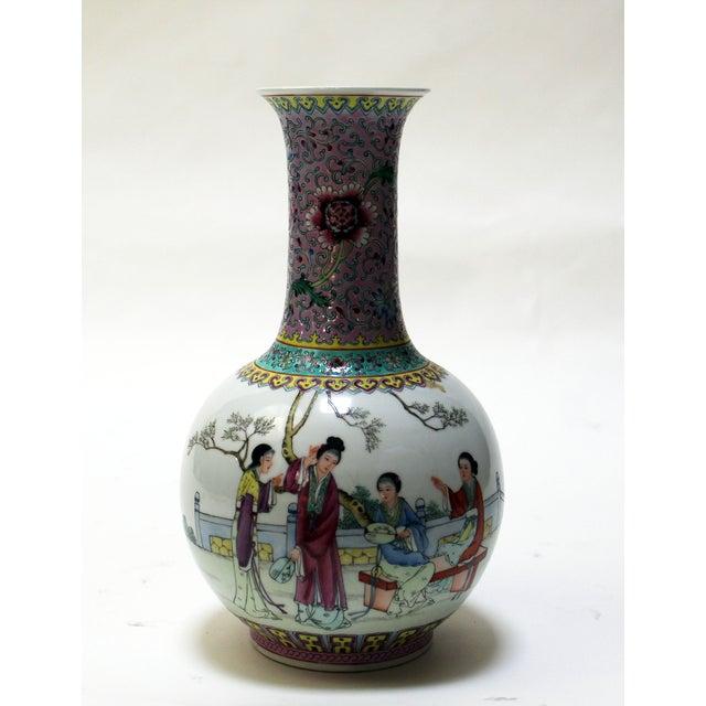 Chinese Bottle Shaped Porcelain Vase - Image 2 of 8