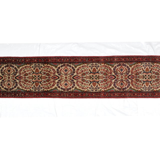 A super very fine hand woven Persian Lillihan rug in mint condition.