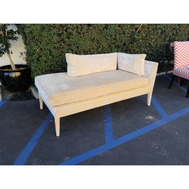Contemporary Custom Cream Textured Velvet Chaise With Fabric Covered Legs For Sale - Image 3 of 10