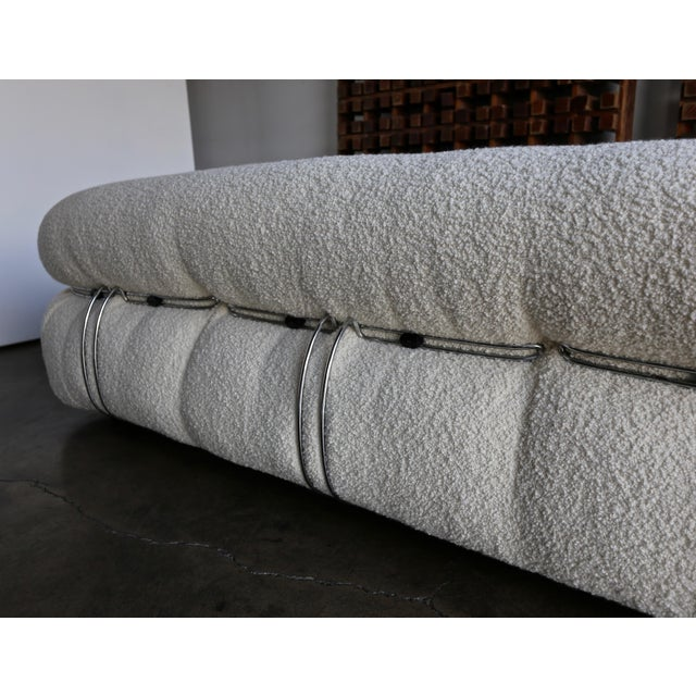 Metal Afra & Tobia Scarpa Soriana Sofa for Cassina in Bouclé, Circa 1975 For Sale - Image 7 of 13