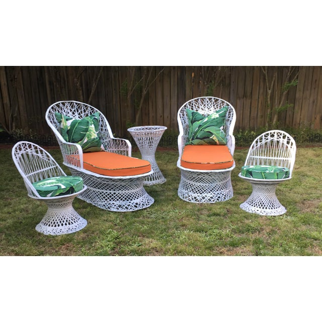 Russell Woodard Vintage Spun Fiberglass Chaises - a Pair For Sale - Image 4 of 5
