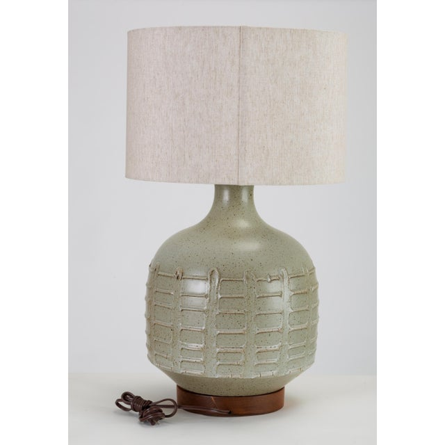 Mid-Century Modern David Cressey Pro Artisan Table Lamp for Architectural Pottery For Sale - Image 3 of 12