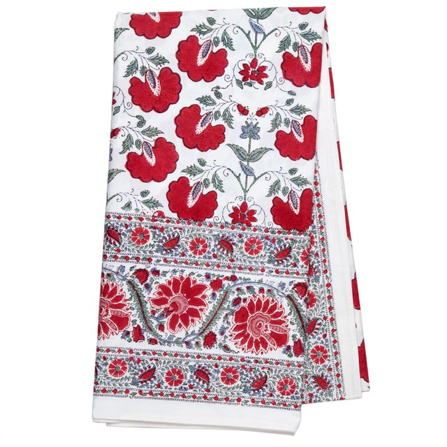 Contemporary Janvi Tablecloth, 6-seat table - Red For Sale - Image 3 of 3
