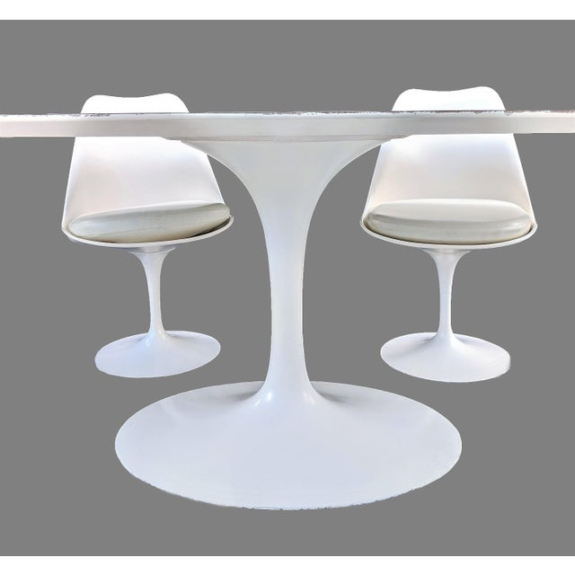 White Vintage Eero Saarinen for Knoll Tulip Dining Set - 7 Pieces For Sale - Image 8 of 13