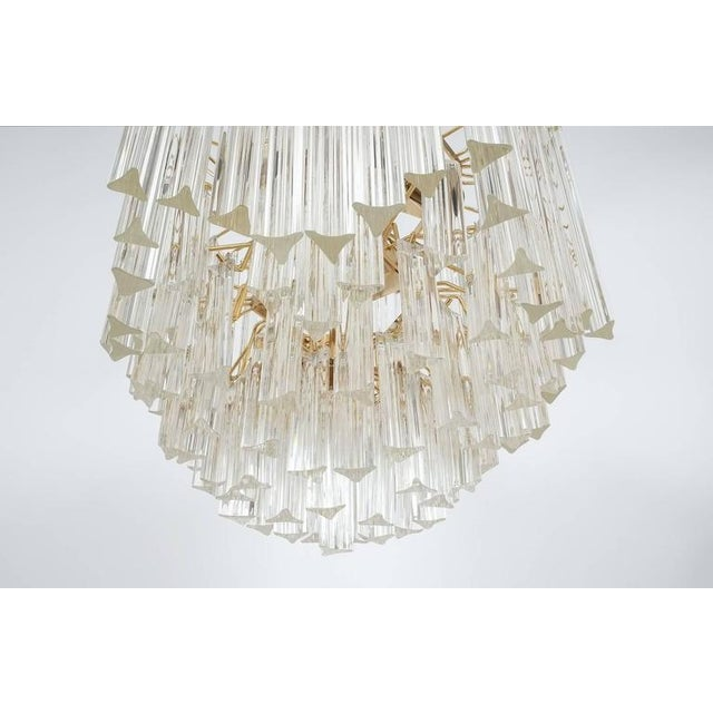 1970s Four-Tier Chandelier with Murano Glass Triedri Prisms For Sale - Image 5 of 7