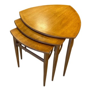 Mid-Century Nesting End Table-Set of 3 For Sale