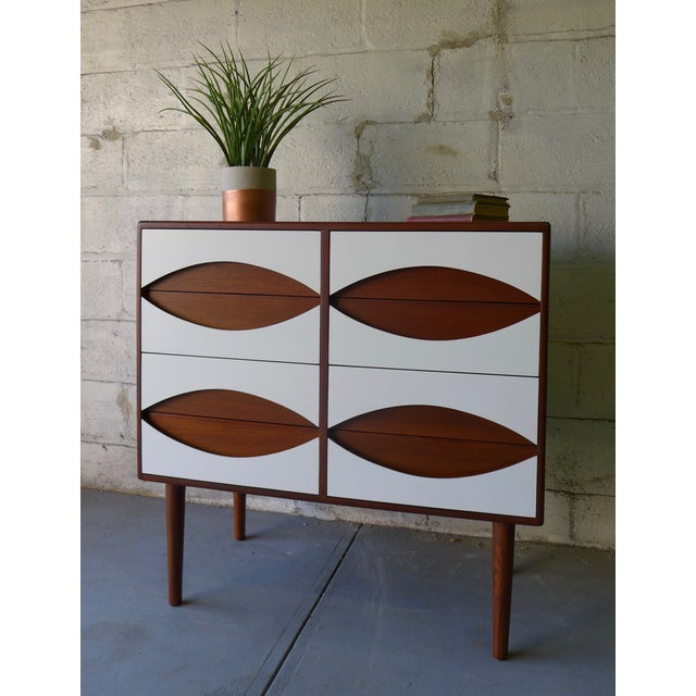 Mid-Century Modern Style White & Teak Dresser - Image 6 of 9