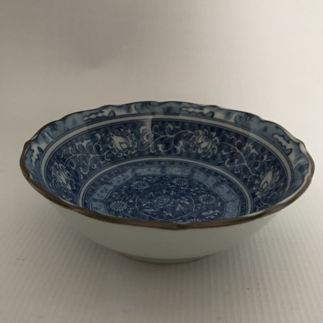 Asian Blue & White Chinese Porcelain Bowl For Sale - Image 3 of 11
