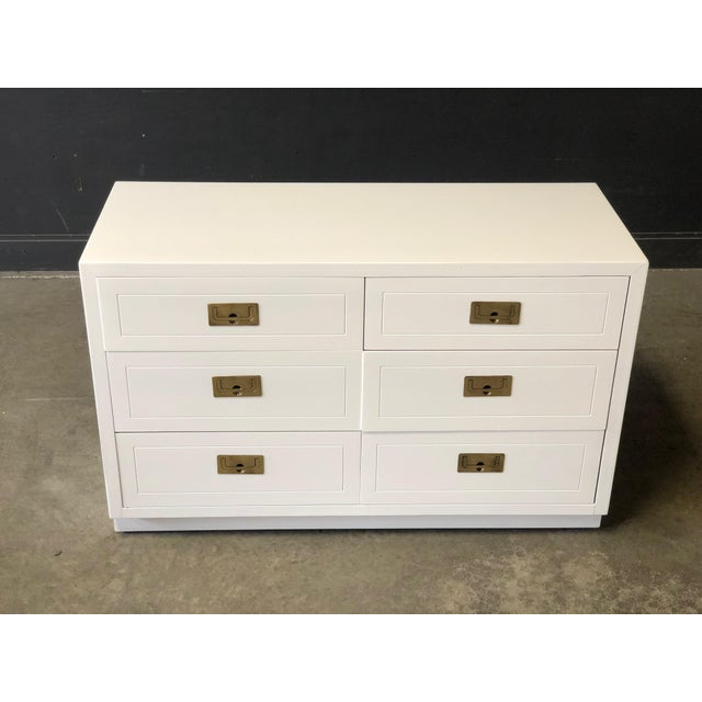 Henredon Pair of White Lacquered Henredon Campaign Chests For Sale - Image 4 of 7