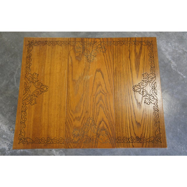 20th Century Arts & Crafts English Oak Gate-Leg Accent Table For Sale - Image 10 of 11