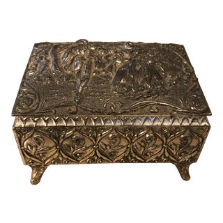 Victorian Silver Tone Embossed Metal Trinket / Jewelry Box For Sale