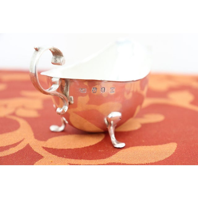 1900 - 1909 20th Century Sterling Silver Gravy or Sauce Boat, Dublin, 1906s For Sale - Image 5 of 7
