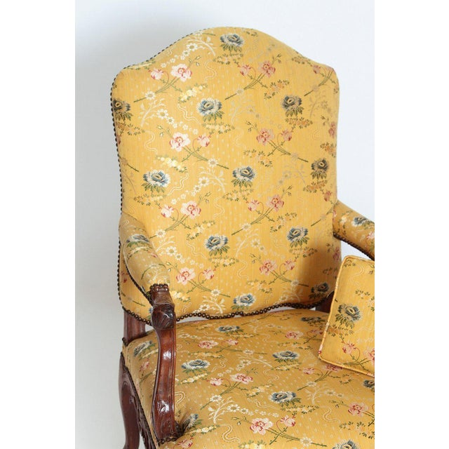 A Early 18th Century Walnut Regence Armchair For Sale - Image 11 of 13