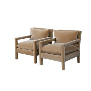 Milo Baughman Parsons Chairs Reupholstered in Camel Velvet - a Pair For Sale