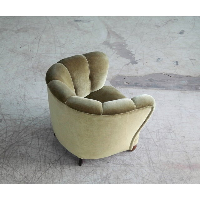 Danish 1940s Viggo Boesen Style Club Chair in Beech and Mohair For Sale In New York - Image 6 of 10