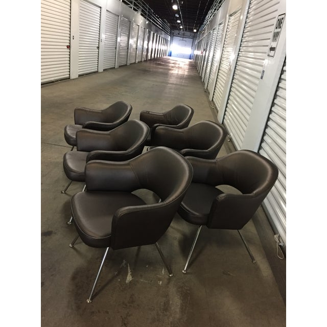 Mid-Century Modern 1975 Knoll Saarinen Executive Dining or Office Chairs - Set of 6 For Sale - Image 3 of 12