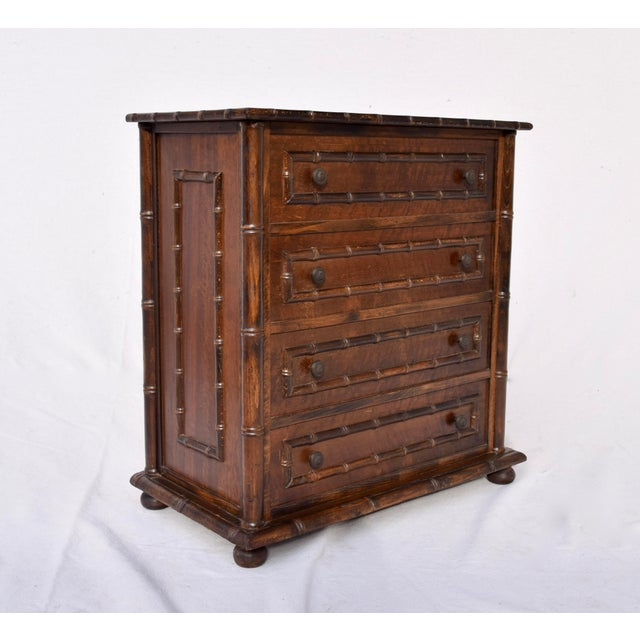 Mid 20th Century Chinese Chippendale Caned Faux Bamboo Hamper For Sale - Image 5 of 11