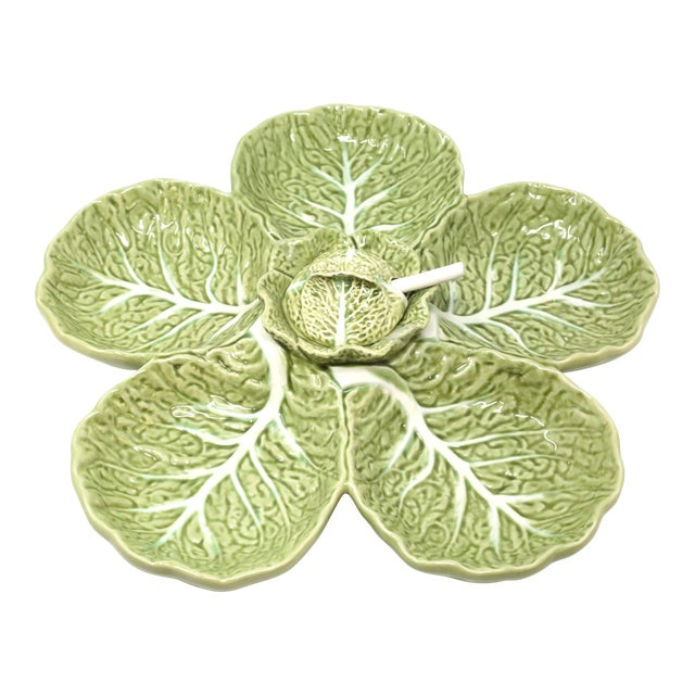 """Vintage 15"""" Bordallo Pinheiro Majolica Green Cabbage Leaf Chip and Dip Cabbage Leaf Serving Platter With Spoon 3 Piece Set For Sale"""