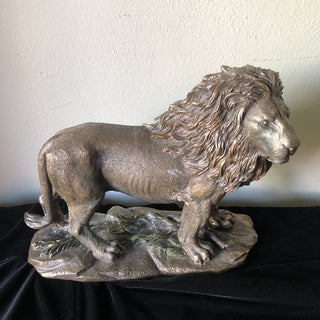 1980s Vintage Lion Figurine Preview