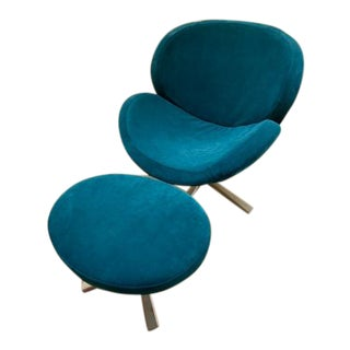 Mid Century Modern Swivel Lounge Chair and Ottoman Newly Upholstered - 2 Piece Set For Sale