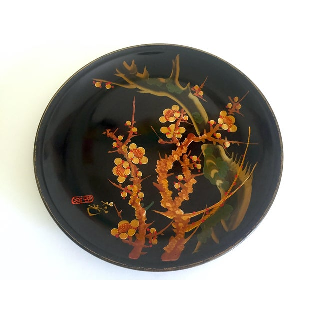 Green Vintage Mid Century Japan Hand Painted Flower Branch Blossoms Large Round Lacquer Tray Platter For Sale - Image 8 of 13