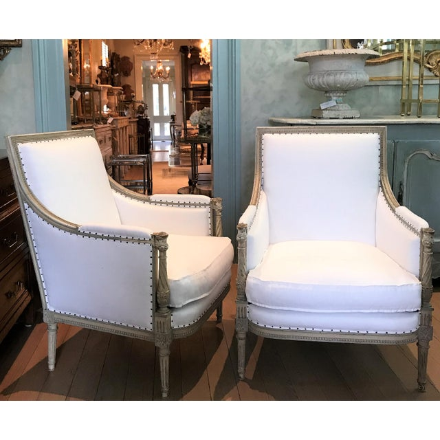 White Pair of Louis XVI Bergeres For Sale - Image 8 of 8