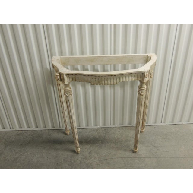Painted white vintage consoles with fluted legs White serpentine legs vintage console with carved rosettes, fluted legs...