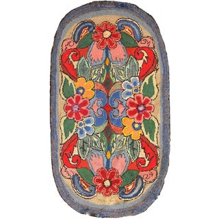 1920s Antique American Hooked Rug - 2′ × 3′8″ For Sale