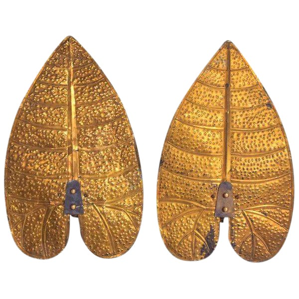1940s Pair of Art Deco Brass Leaf Sconces in the Style of Tommaso Barbi For Sale - Image 5 of 7
