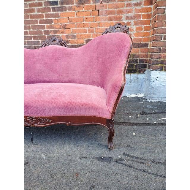Wood Antique Victorian Pink Velvet Carved Wood Purple Settee For Sale - Image 7 of 9