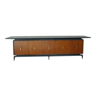 Italian Mid-Century Modern Sideboard Manner of Gio Ponti For Sale
