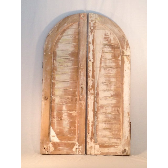 Rustic Arch Top Shutters - a Pair - Image 6 of 8