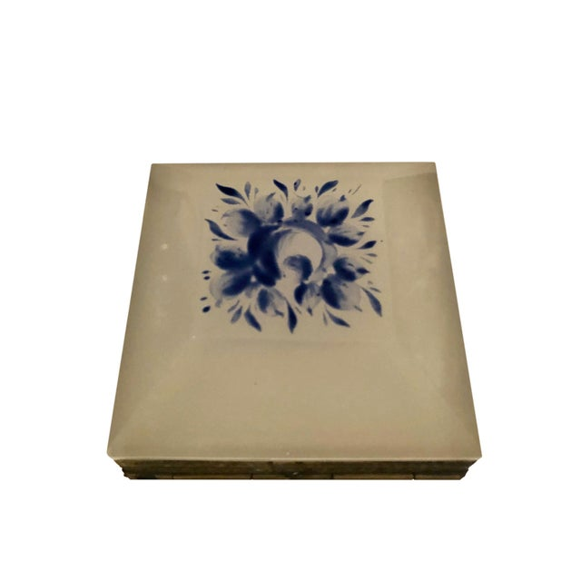 Vintage French Opaline Box For Sale - Image 4 of 9