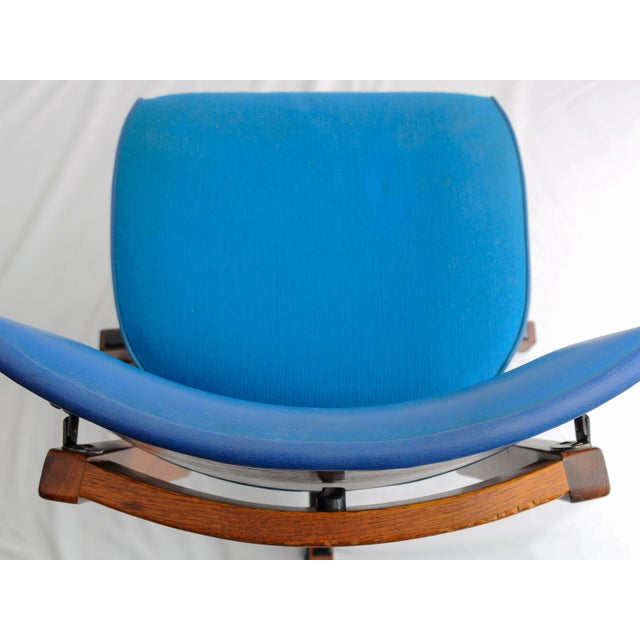 Mid-Century Modern Mid-Century Gunlocke Office Chair For Sale - Image 3 of 11