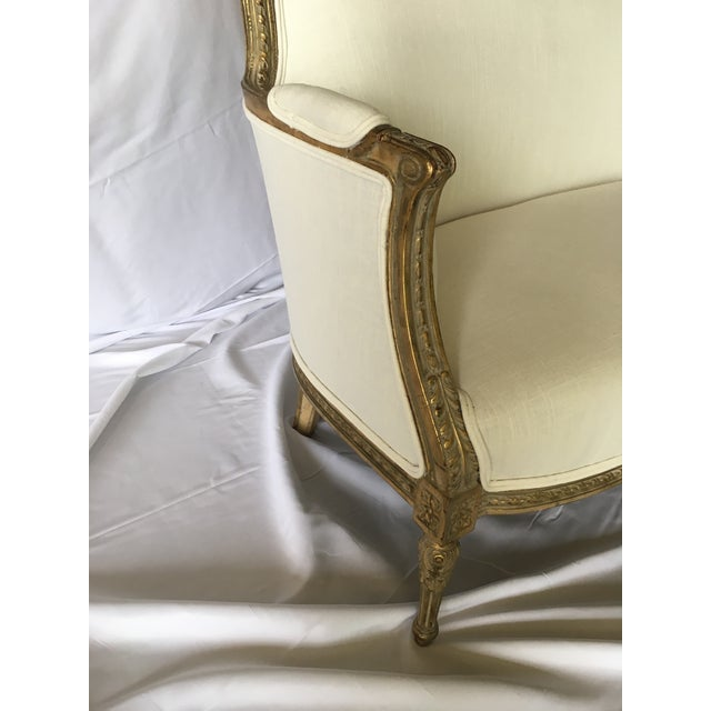 Vintage Gilt French Settee For Sale In Richmond - Image 6 of 11
