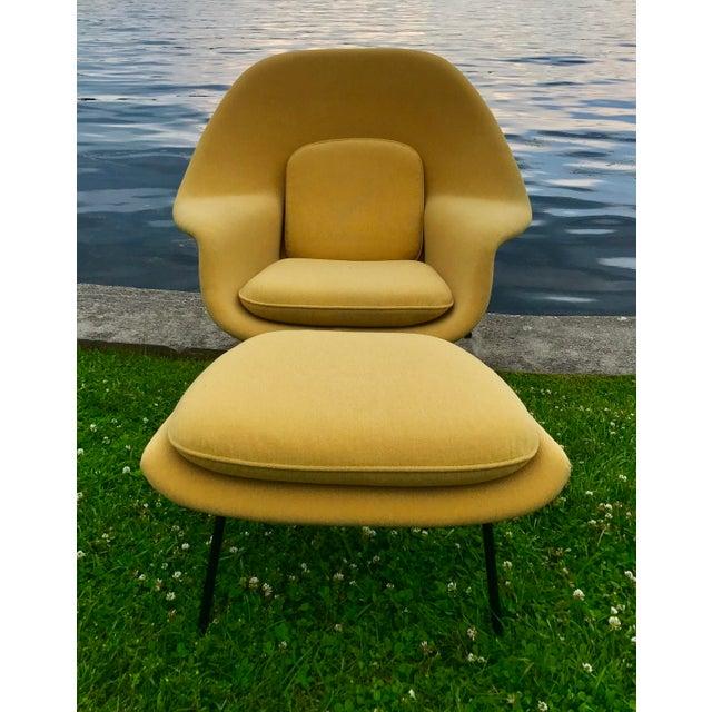 Eero Saarinen for Knoll Womb Chair & Ottoman - Image 7 of 10