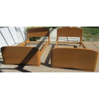 1950s Vintage Heywood-Wakefield Champagne Finish Beds -A Pair Preview