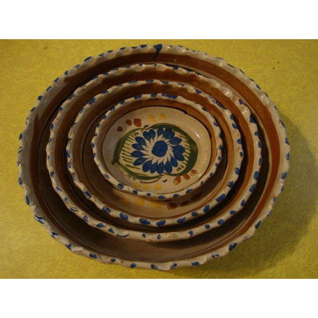 Tlaquepaque Mexican Nesting Bowls - Set of 4 For Sale - Image 10 of 10