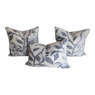 Cottage Robert Allen Blomstra in Iris Pillows With Inserts - Set of 3 For Sale