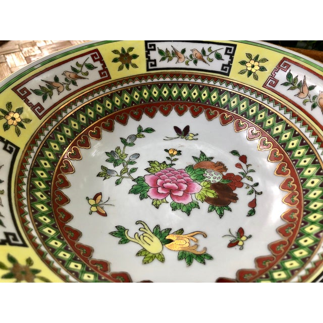Chinese Famille Jaune Yellow Painted Floral Bowls - Set of 4 For Sale In Charleston - Image 6 of 10