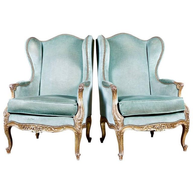 19th Century French Louis XV Style Carved Giltwood Bergeres - A Pair For Sale - Image 12 of 12