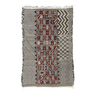 1980s Moroccan Kilim Rug-6′2″ × 9′12″ For Sale