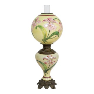 19th Century Hand Painted Gone With the Wind Lily Lamp For Sale