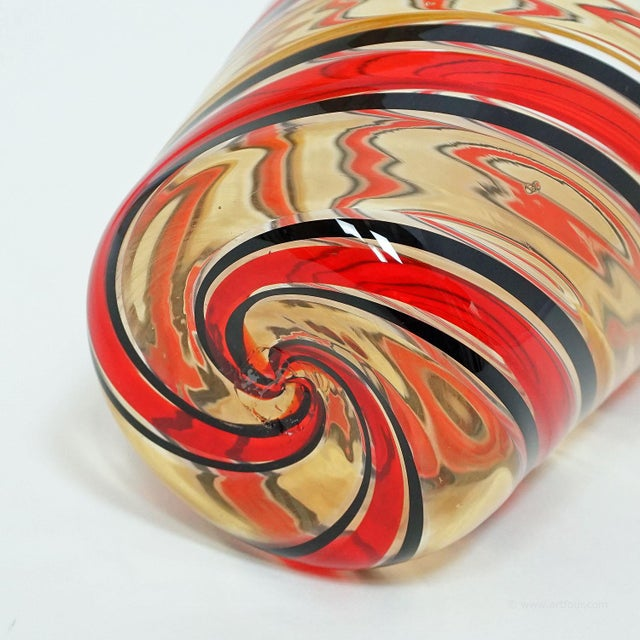 1960s Fratelli Toso 'a Canne' Vase In Red, Yellow And Black, Murano, Italy Ca. 1965 For Sale - Image 5 of 9