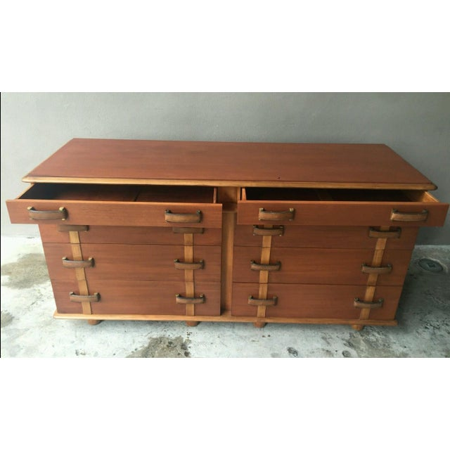 1950s Mid-Century Modern Johnson Brothers Paul Frankl Station Wagon Series Double Chest - P For Sale In Miami - Image 6 of 11