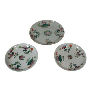 1920's Chinese Porcelain Plates - Set of 3 For Sale