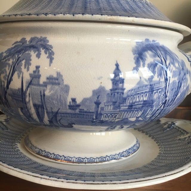 "Metal Soho Pottery ""Pandora"" Pattern Soup Tureen C.1906 For Sale - Image 7 of 9"
